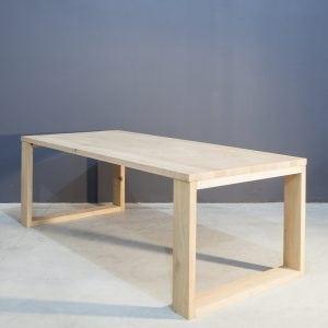 Moderne massief eikenhouten eettafel Kaal | Concept Table